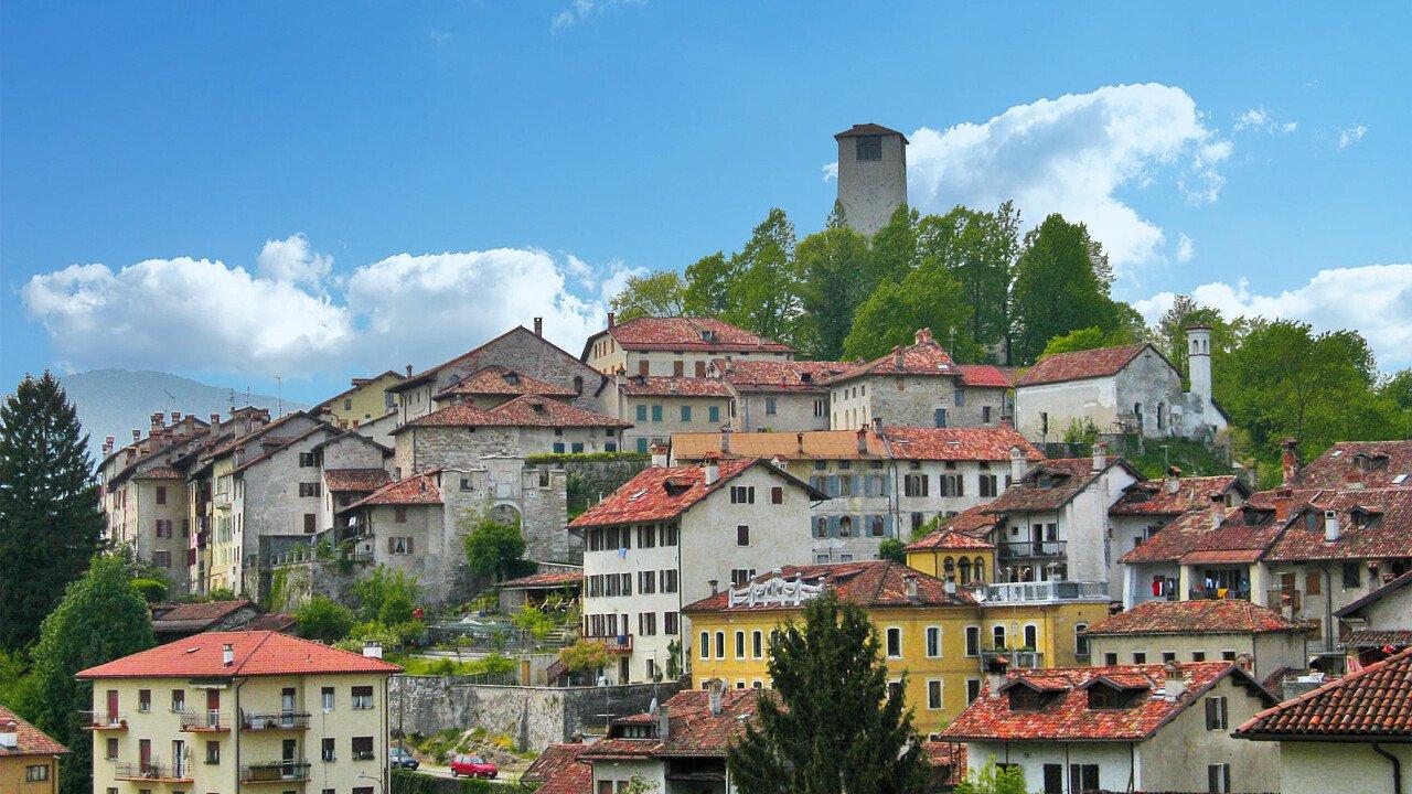 La città di Feltre con la torre   Bellunese
