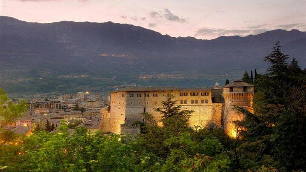 Die Burg von Rovereto - cover
