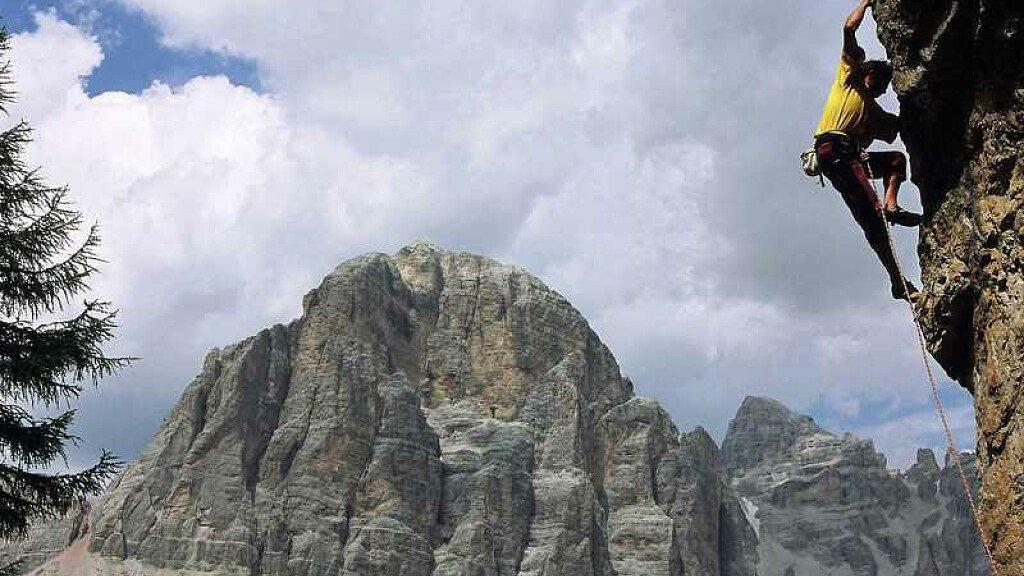 Arrampicare a Cortina d'Ampezzo e in Val Boite - cover