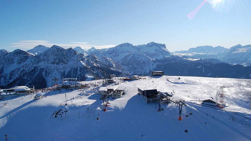 The ski areas of South Tyrol - cover