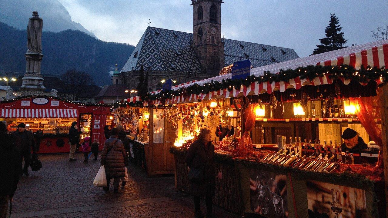 Mercatini di Natale in Piazza Walther a Bolzano