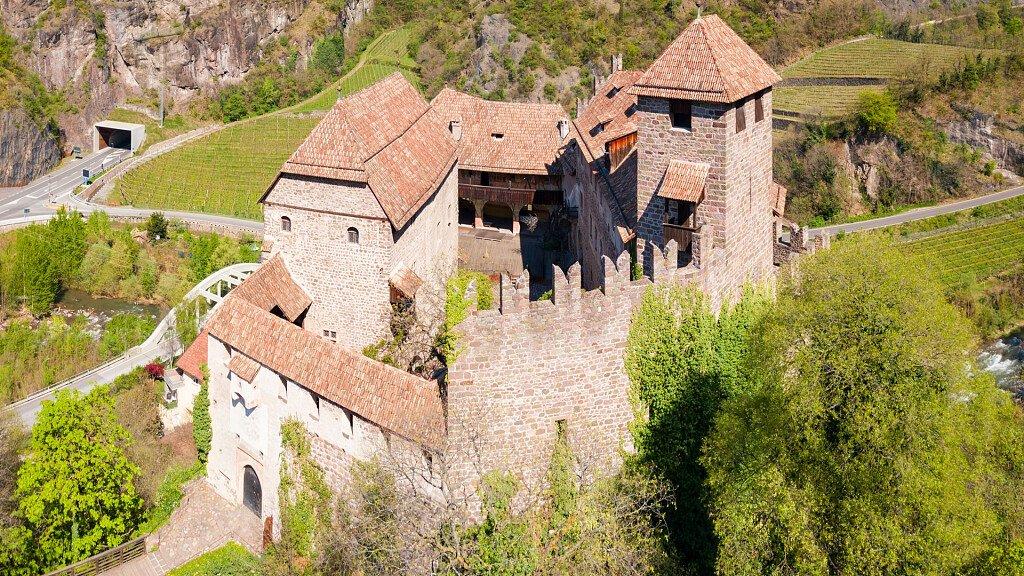 Castel Roncolo - cover