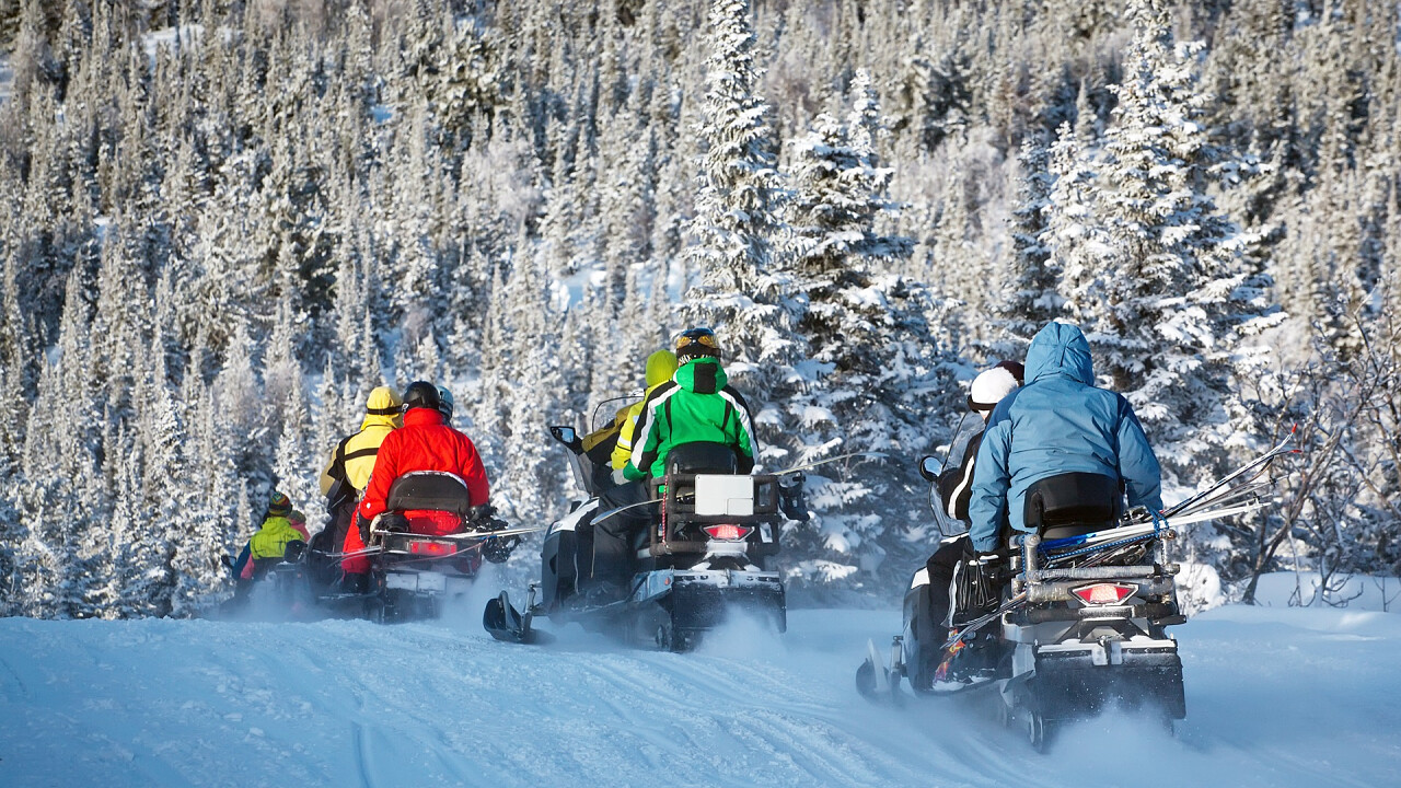 Snowmobile tours in the Dolomites