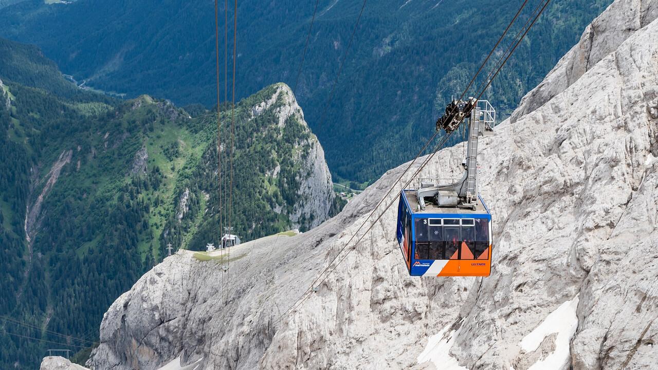 Marmolada cable car