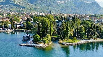 Hospitality Riva del Garda - cover
