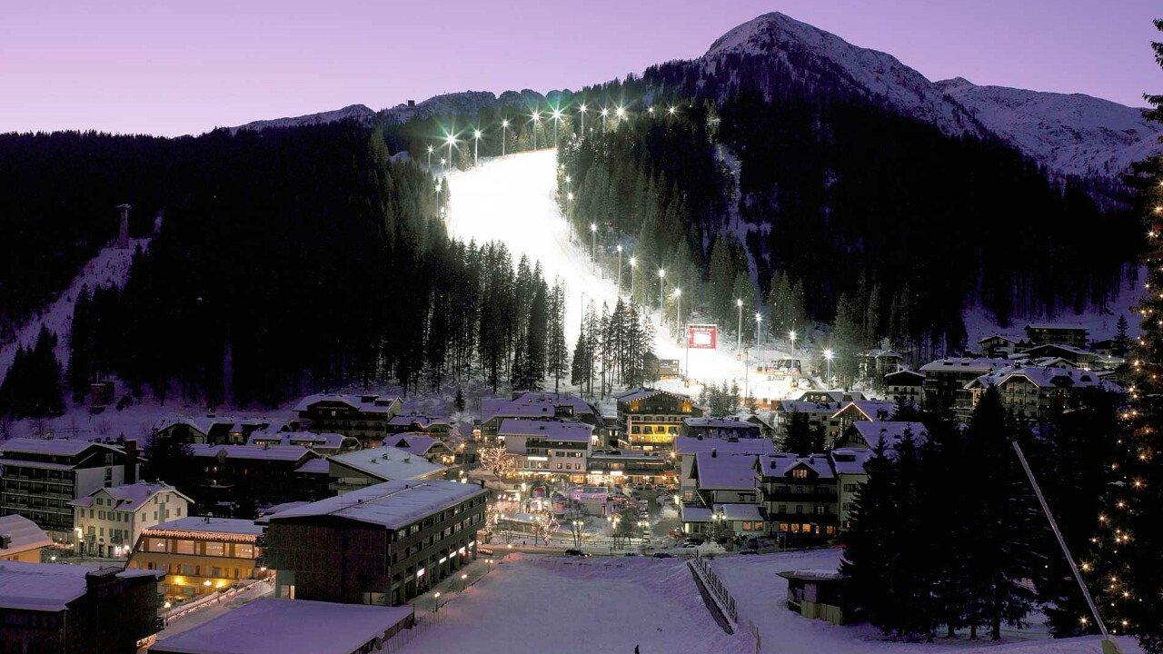 Sciare in notturna a Madonna di Campiglio - Trentino