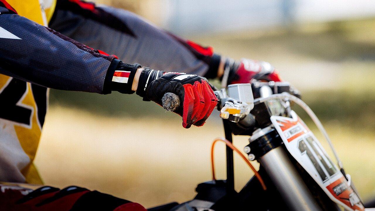 Gare di motocross nei park delle Dolomiti