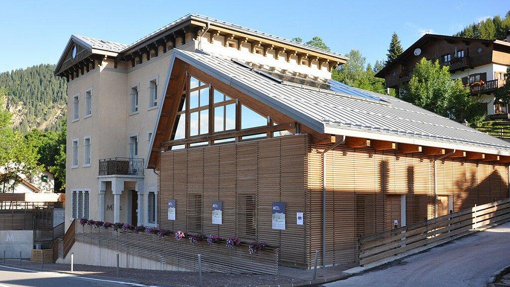 Mostra etnografica al Museo Vittorino Cazzetta - cover