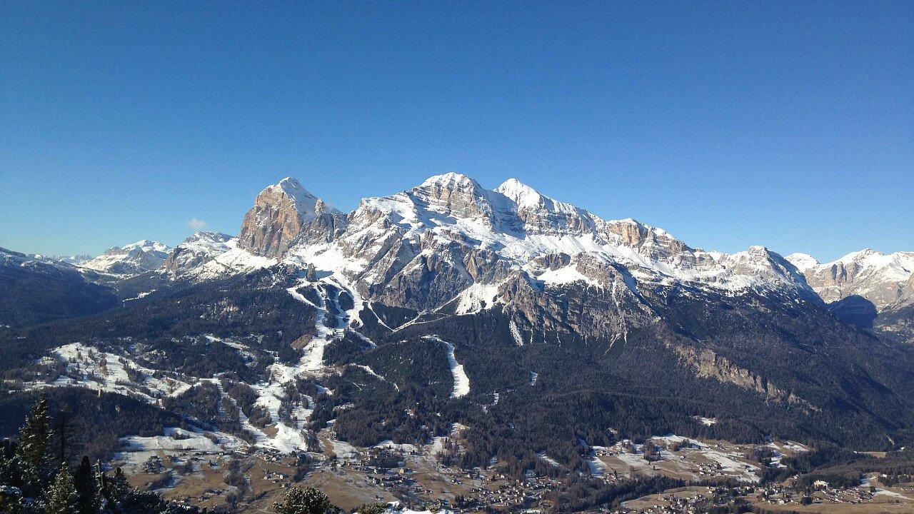 Tofane, Cortina d'Ampezzo e le Dolomiti UNESCO in inverno