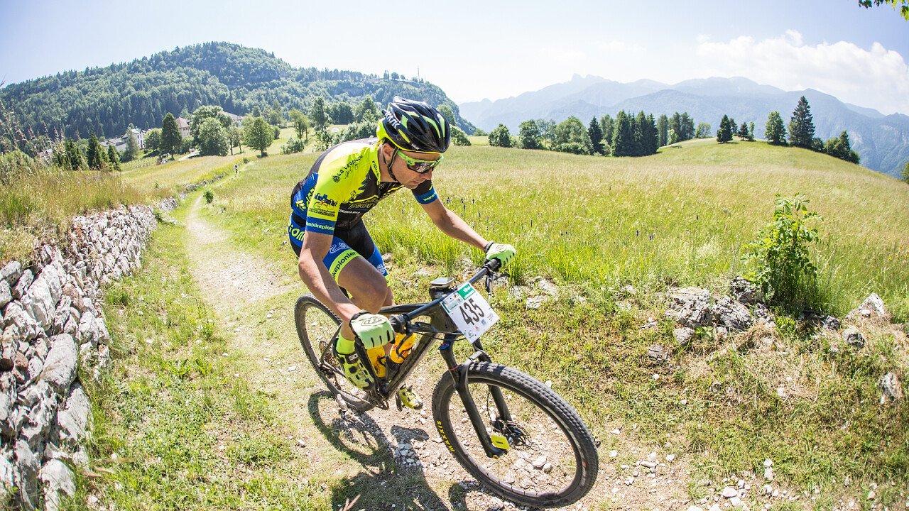 salita_100_km_dei_forti_alpe_cimbra