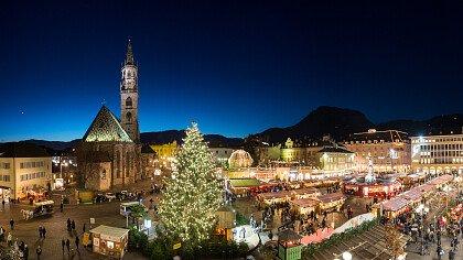 Christmas Market in Bolzano - cover