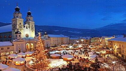 Christmas Market in Bressanone - cover