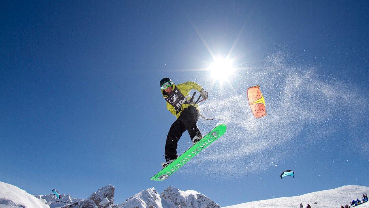 Cortina Snowkite Contest al Passo Giau   Cortina d'Ampezzo