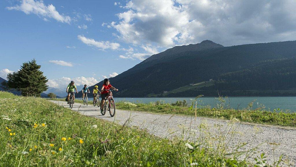 Giro del Lago di Resia - cover
