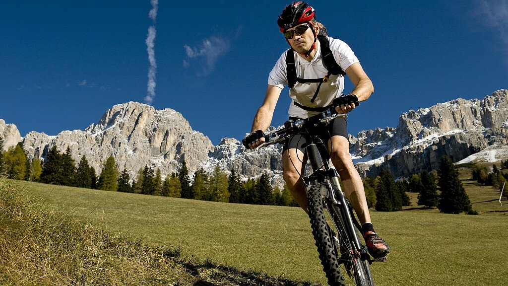 Mountain Bike Itineraries in Val Gardena - cover