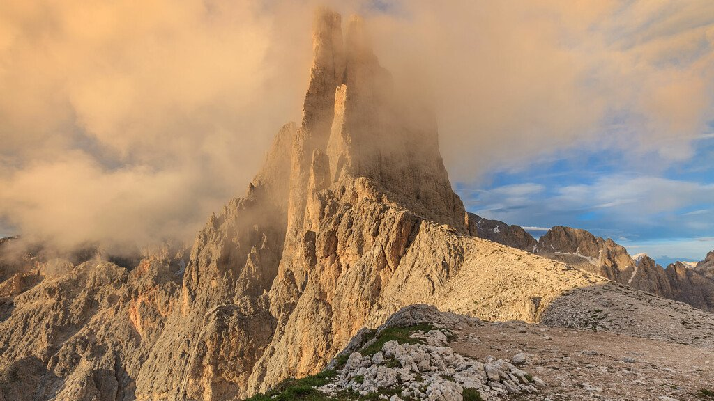Trekking delle Leggende - Val di Fassa - itinerario 2 - cover