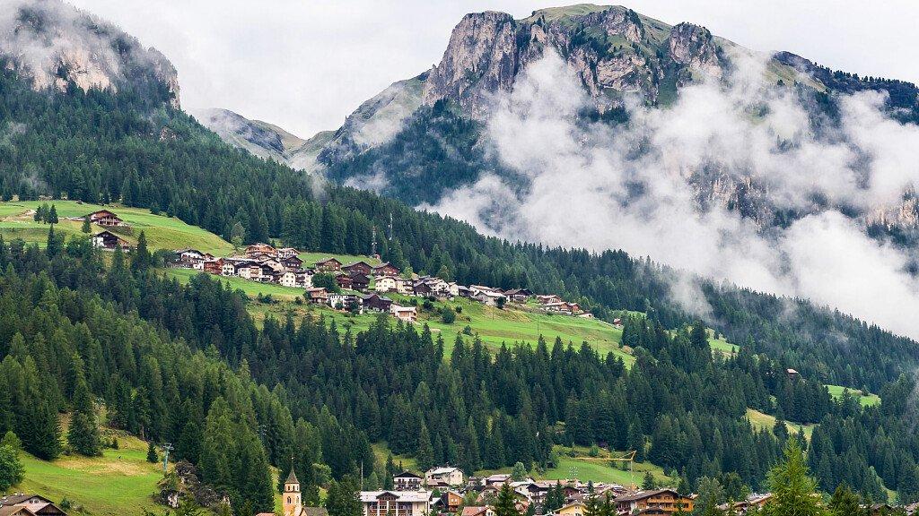 Trekking delle Leggende - Val di Fassa - itinerario 3 - cover
