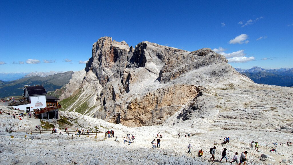 Through the plateau of the Pale di San Martino - cover