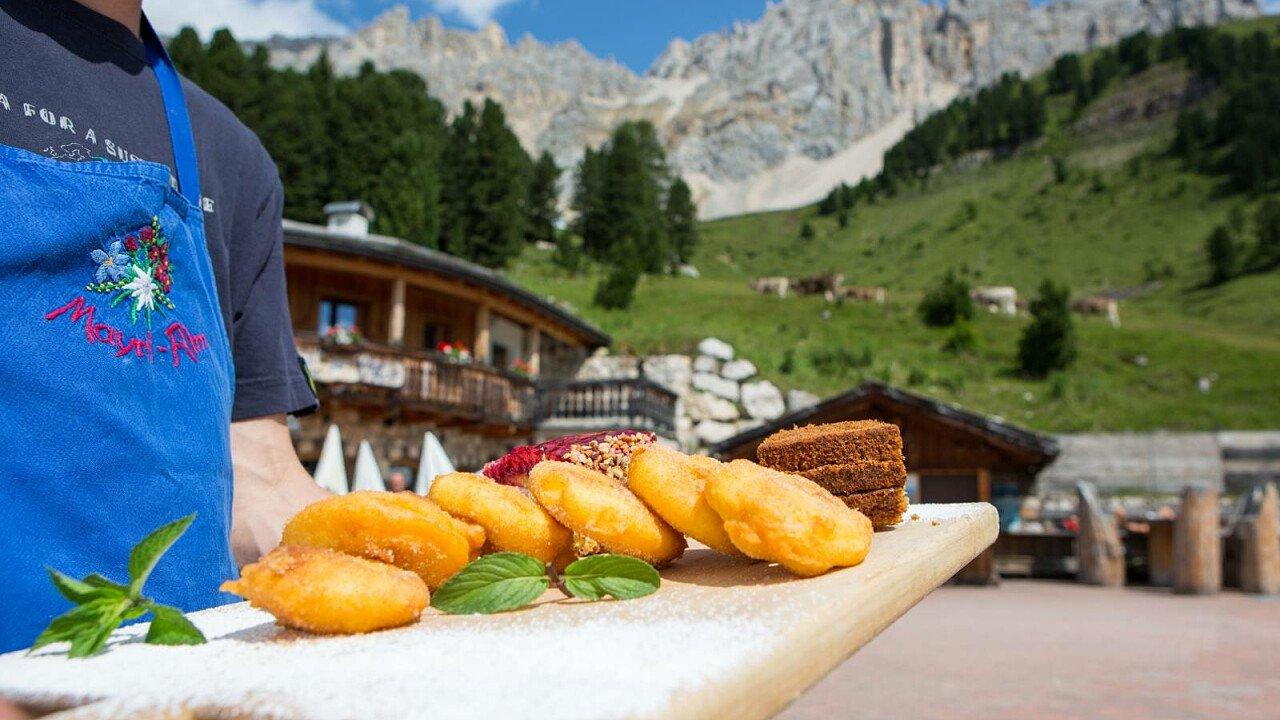 Piatti tipici della tradizione altoatesina da gustare ai piedi delle Dolomiti