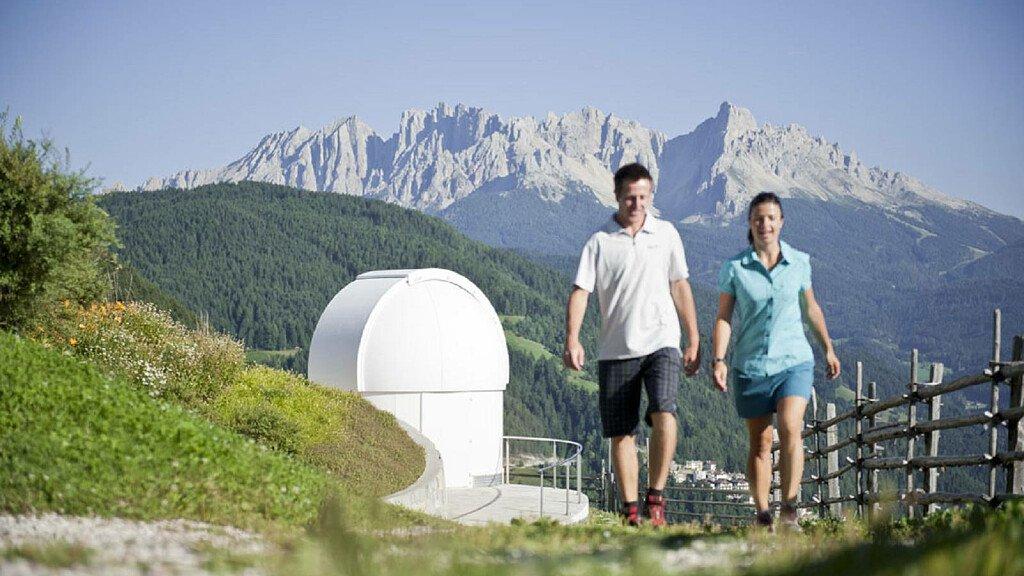 Passeggiata all'osservatorio astronomico Max Valier - cover