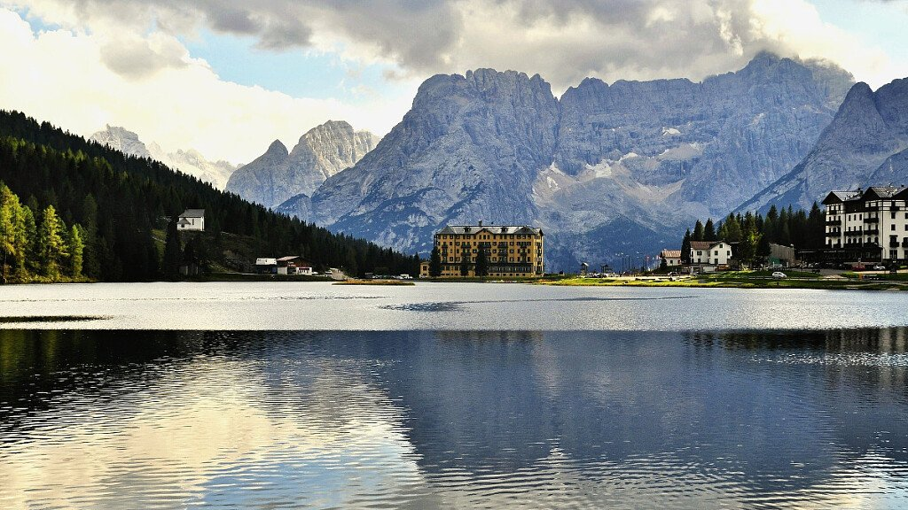 Lake of Misurina - cover