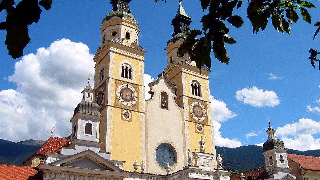 La Chiesa nel centro storico di Bressanone in Valle Isarco - Alto Adige