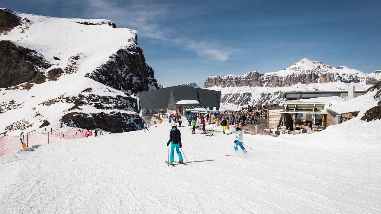 Skiing in Arabba