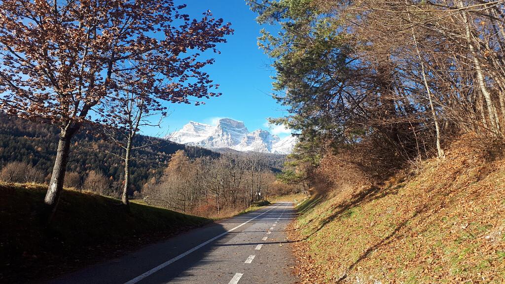 La ciclabile delle Dolomiti - cover