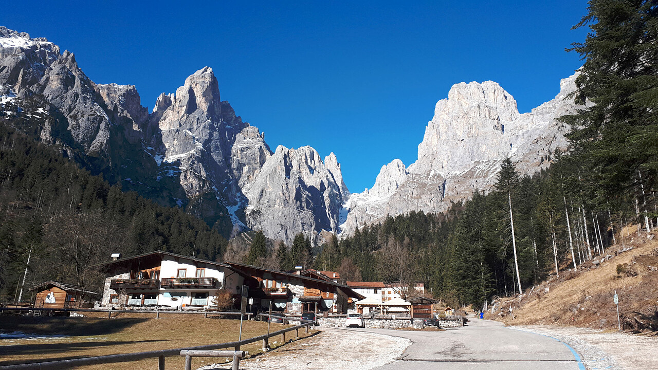 Val Canali in winter