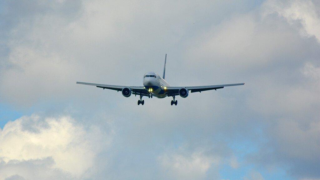 Aeroporto di Bolzano: raggiungere le Dolomiti in aereo - cover