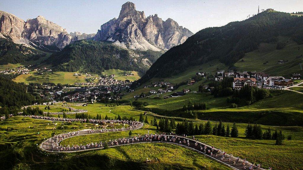 Chiusura dei passi per la Maratona dles Dolomites - cover