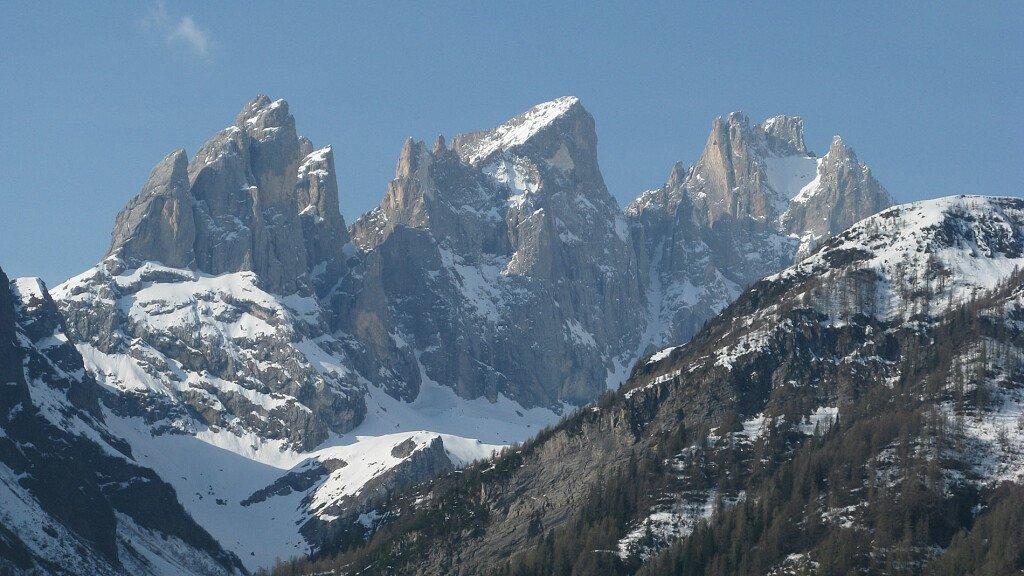Primo raduno degli atleti di sci alpinismo - cover