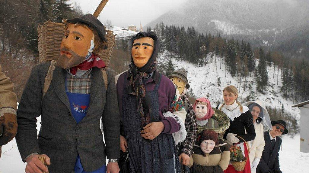 Il Carnevale nelle Dolomiti - cover