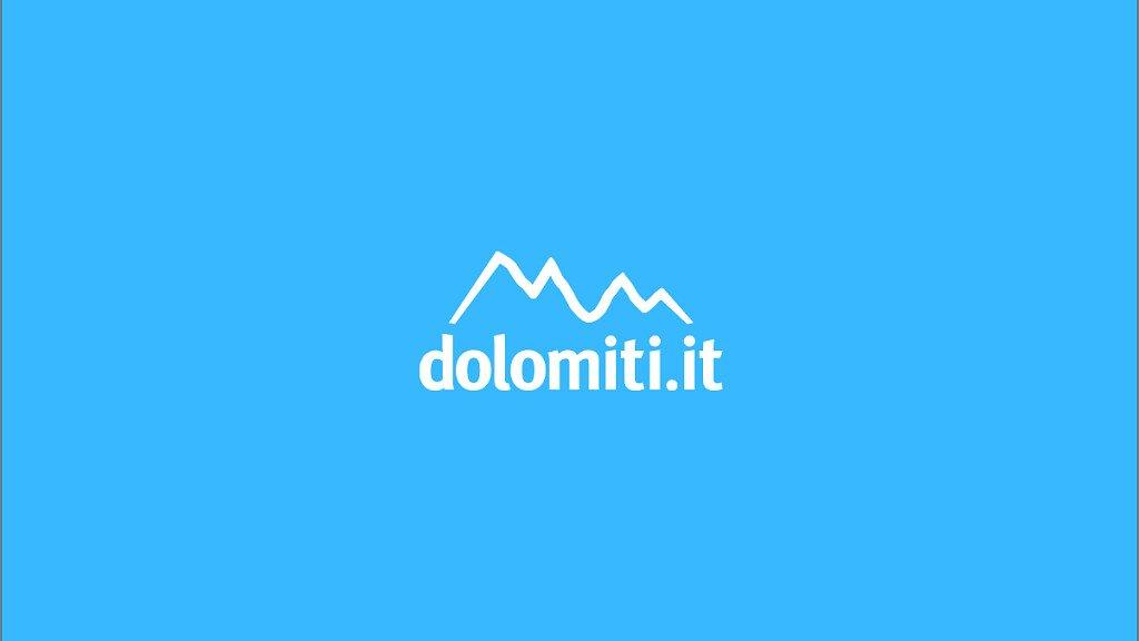 Conferenza stampa a Bolzano per la presentazione del nuovo dolomiti.it - cover