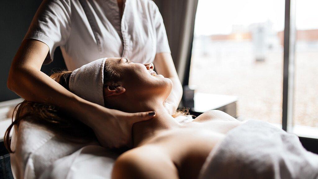 Cure e relax alle Terme di Comano - cover