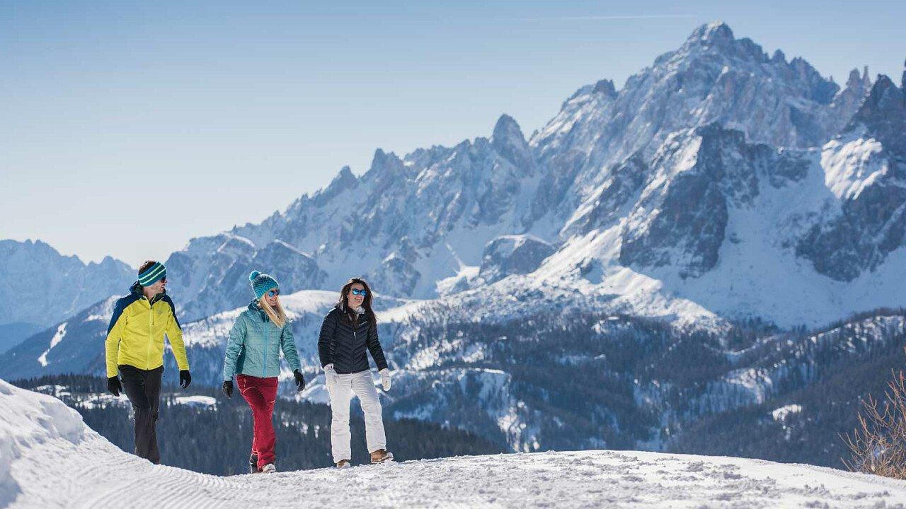 Passeggiate sulla neve nel comprensorio sciistico Tre Cime/3 Zinnen Dolomiti