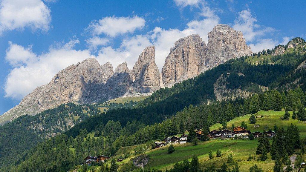 Turismo in Trentino: estate positiva - cover