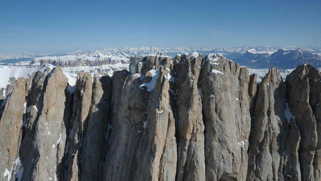 Recharge in Nature: vacanza gratis sulle Dolomiti - cover
