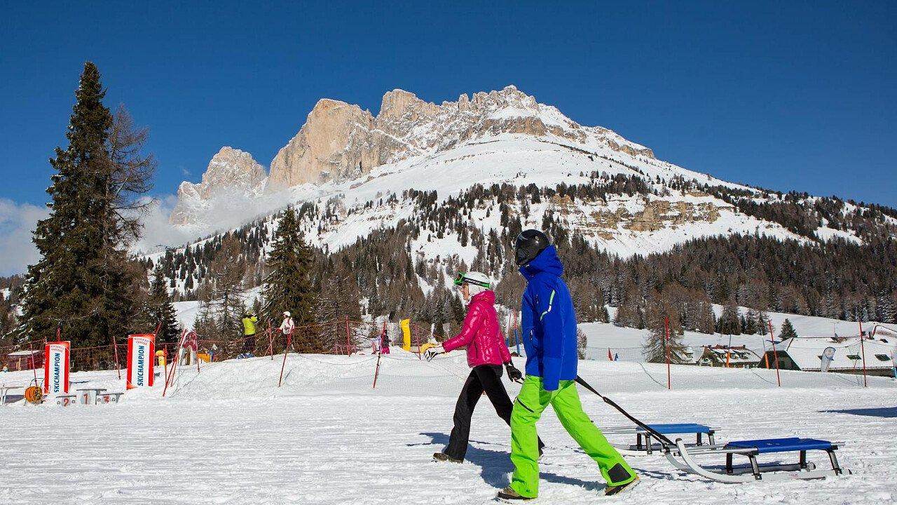 Slittino al cospetto delle Dolomiti del Rosengarten Latemar - Alto Adige