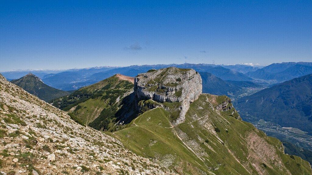 Monte Bondone: seggiovie aperte e lavori in corso - cover