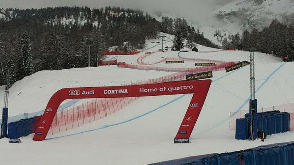 Nuova pista da sci alpino a Cortina d'Ampezzo - cover