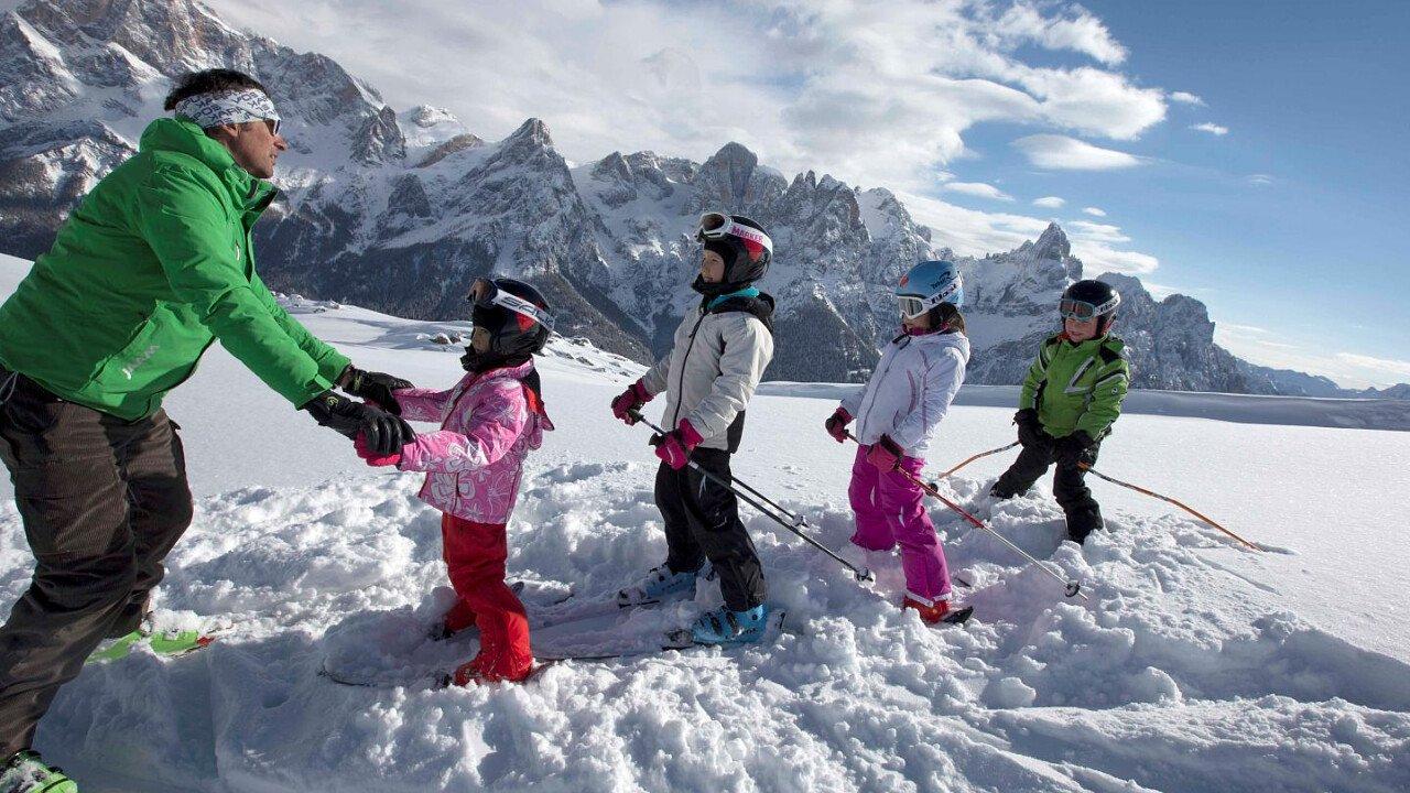 Lezioni di sci con il maestro per bambini, principianti ed adulti - San Martino di Castrozza