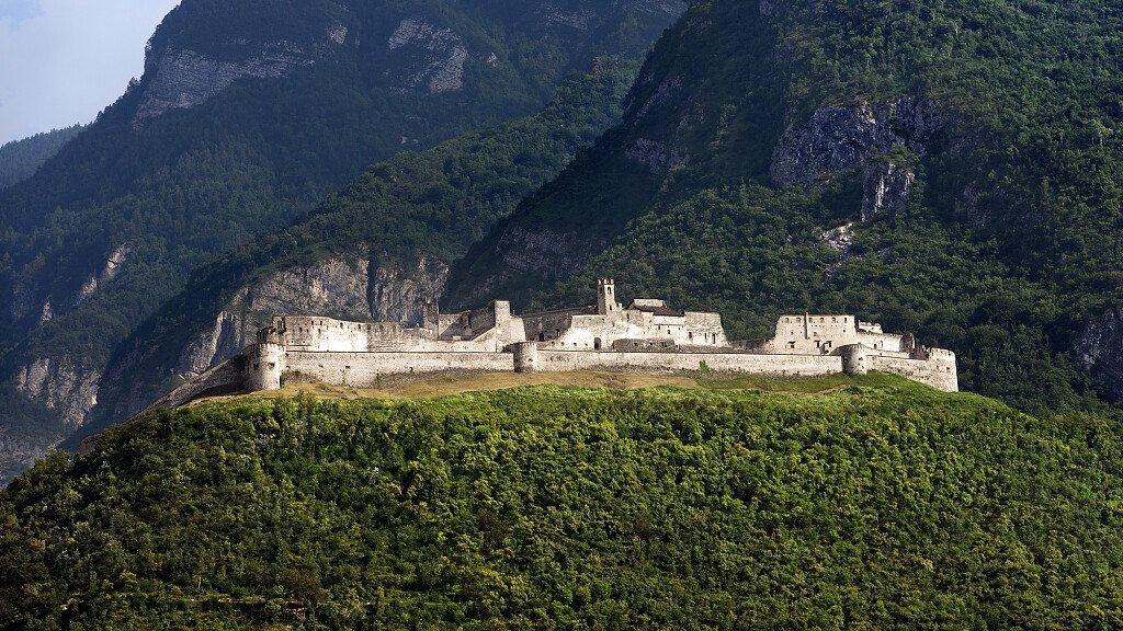 Restaurato il Forte di Cadine - cover