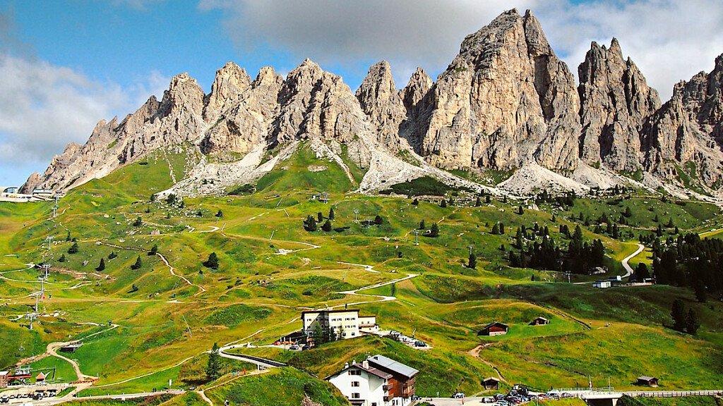 32° edizione della Maratona dles Dolomites - cover