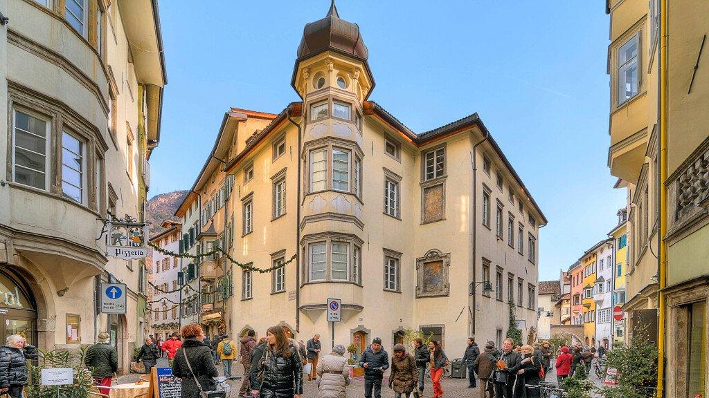 BOclassic, la corsa di Capodanno, nella città di Bolzano - cover