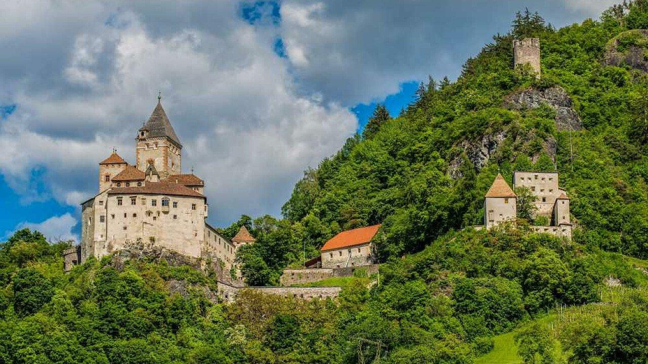 Castel Forte a Barbiano, vicino a Chiusa in Alto Adige