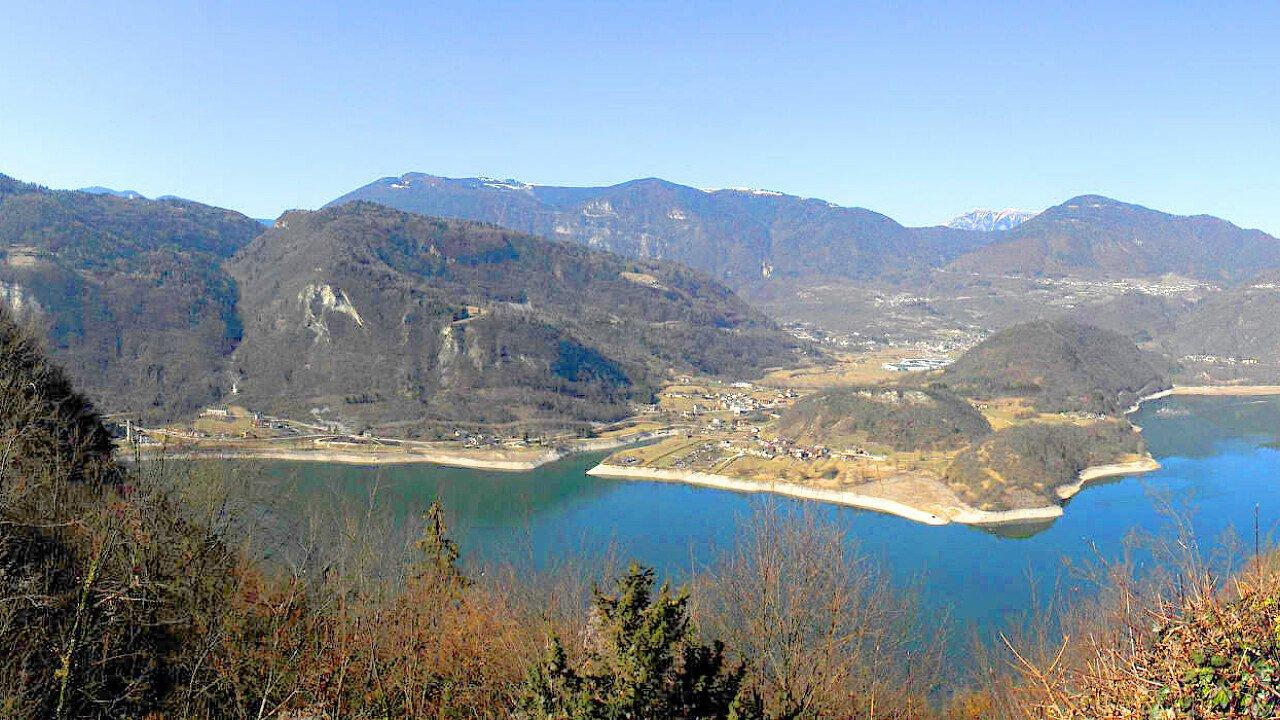 Lago di Corlo da Forcelletto nel Feltrino | Bellunese