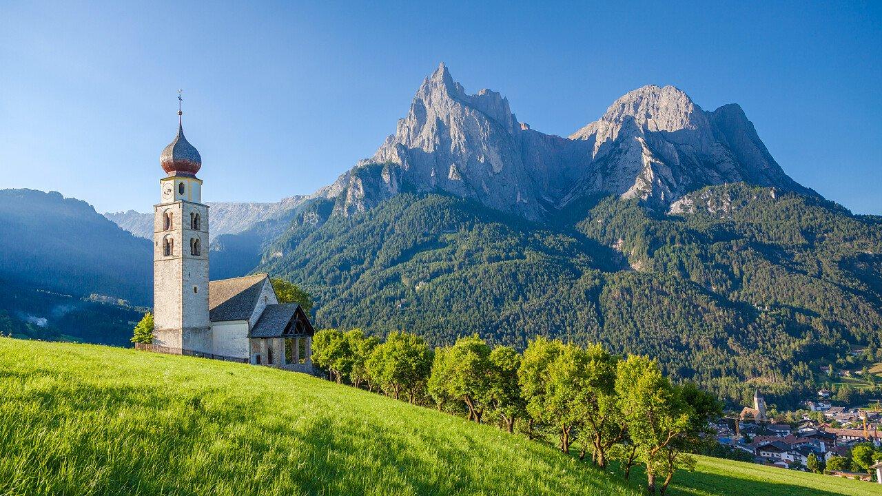 church in summer in alpe di siusi