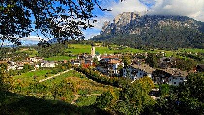 country view in in summer in alpe di siusi