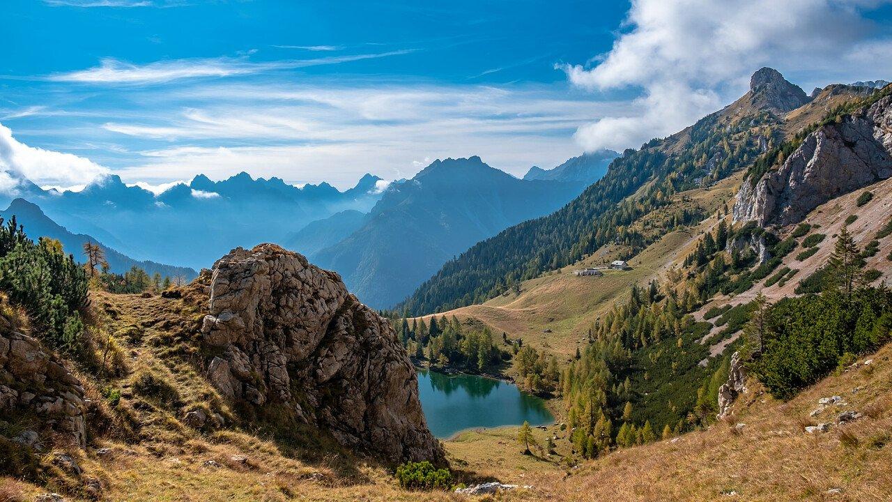 lago_bordaglia_autunno_dreamstime_michele_zuliani